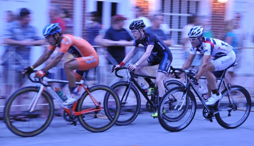 2011_iron_hill_twilight_criterium_3_BLOG