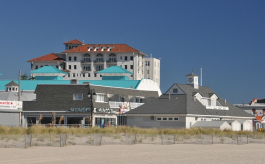 beach_view_of_flanders_hotel_BLOG