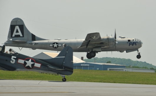 b29_fifi_taking_off_BLOG