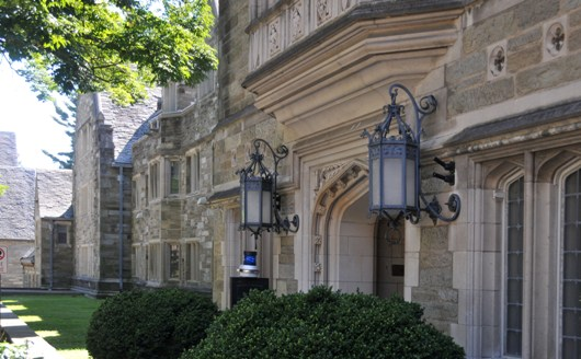 rhoads_hall_bryn_mawr_college_2_BLOG
